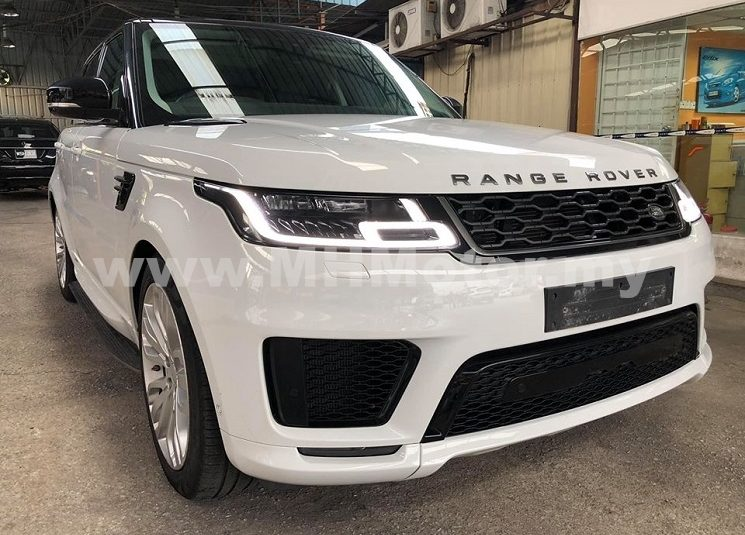 2018 – LAND ROVER RANGE ROVER SPORT 3.0 HSE DYN V6 S/CHARGED – WHITE