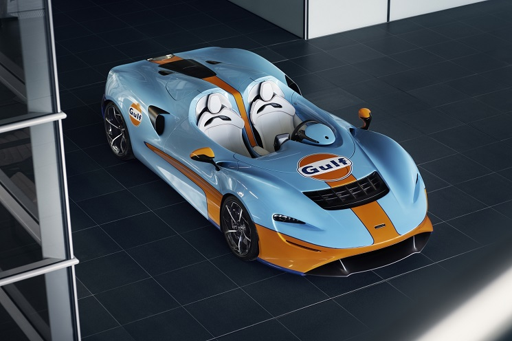 McLaren Elva Gulf Theme Debuted at SpeedWeek